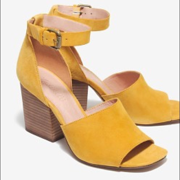 Madewell Shoes - Madewell Mustard Yellow Suede Chunky Heel Sandals
